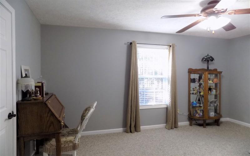 3474 Garrett Hollow Rd, Bowling Green, Kentucky 42101, 3 Bedrooms Bedrooms, ,2 BathroomsBathrooms,Single Family,For Sale,Garrett Hollow Rd,20191303