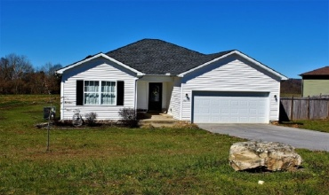 103 Lacey Drive, Bowling Green, Kentucky 42171, 3 Bedrooms Bedrooms, ,2 BathroomsBathrooms,Single Family,For Sale,Lacey Drive,20191368