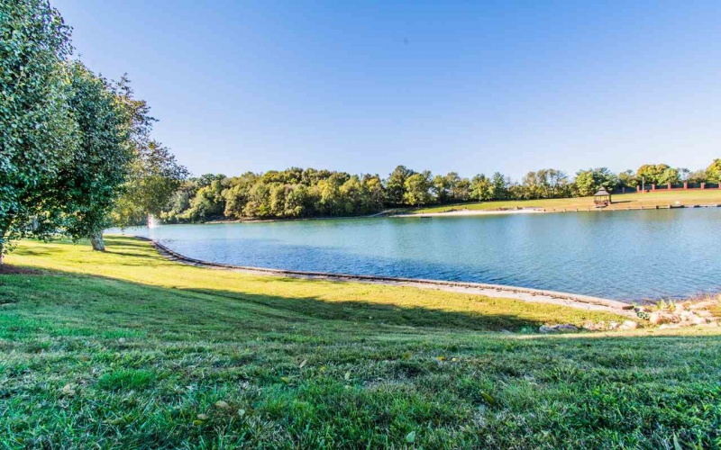 209 Lakeside Way, Bowling Green, Kentucky 42103, 5 Bedrooms Bedrooms, ,5 BathroomsBathrooms,Single Family,For Sale,Lakeside Way,20181190