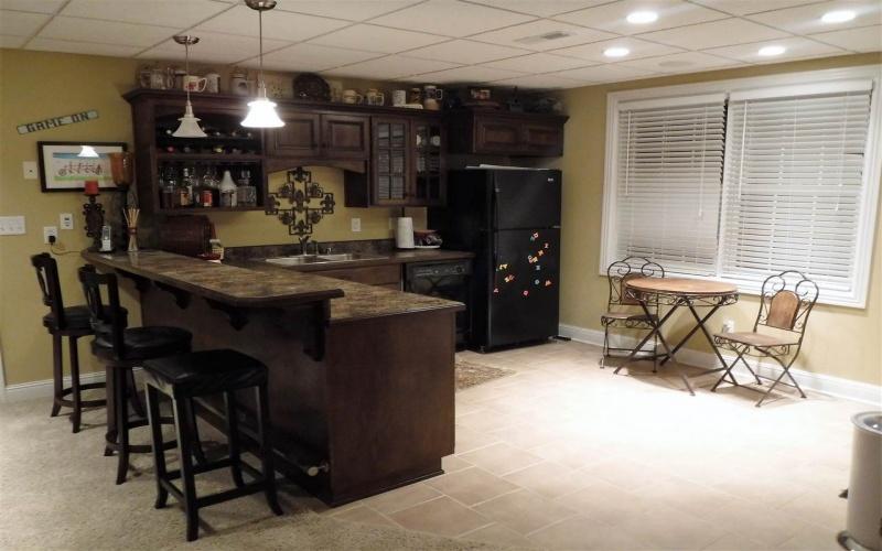 418 Autumnstone Lane, Bowling Green, Kentucky 42103, 5 Bedrooms Bedrooms, ,5 BathroomsBathrooms,Single Family,For Sale,Autumnstone Lane,20181288