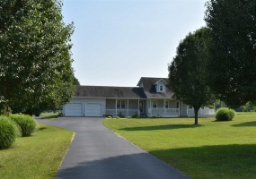 983 Apple Grove Road, Smiths Grove, Kentucky 42171, 3 Bedrooms Bedrooms, ,2 BathroomsBathrooms,Single Family,For Sale,Apple Grove Road,20180671