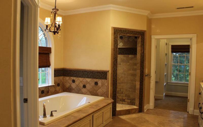 2051 Quail Run Drive, Bowling Green, Kentucky 42104, 4 Bedrooms Bedrooms, ,4 BathroomsBathrooms,Single Family,For Sale,Quail Run Drive,20181555