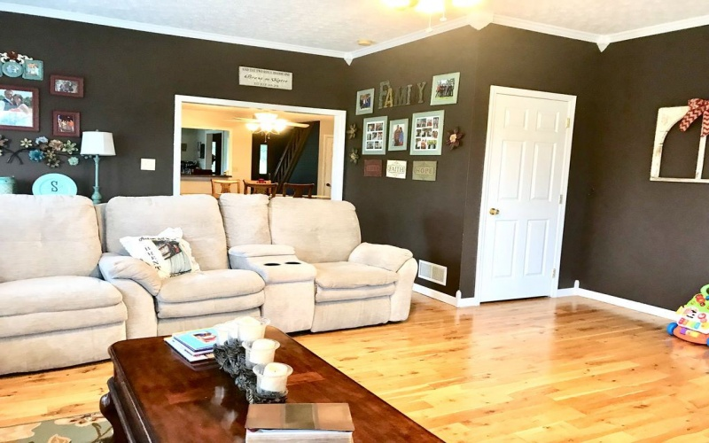 3015 Cub Run Hwy, Munfordville, Kentucky, 4 Bedrooms Bedrooms, ,2 BathroomsBathrooms,Single Family,For Sale,Cub Run Hwy,20191149