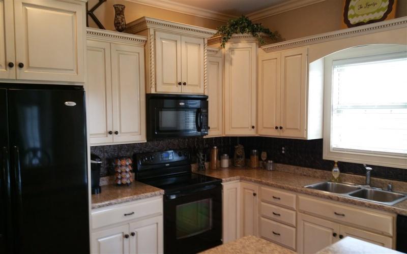 1105 Westborough Ct., Franklin, Kentucky 42134, 3 Bedrooms Bedrooms, ,2 BathroomsBathrooms,Single Family,For Sale,Westborough Ct.,20191192