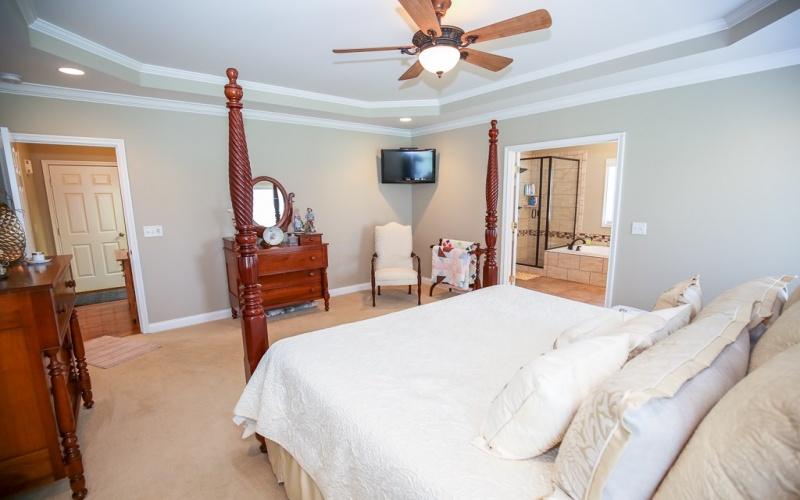 100 Stampede Court, Alvaton, Kentucky 42122, 4 Bedrooms Bedrooms, ,3 BathroomsBathrooms,Single Family,For Sale,Stampede Court,20191208