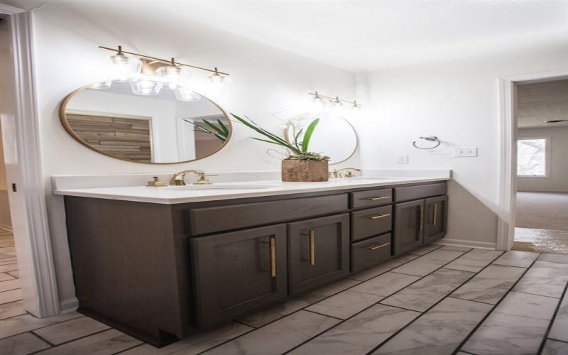 1801 Rollingwood Way, Bowling Green, Kentucky 42103, 4 Bedrooms Bedrooms, ,2 BathroomsBathrooms,Single Family,For Sale,Rollingwood Way,20191230