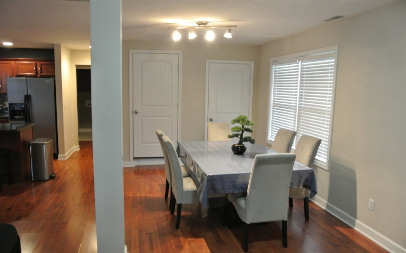 Single Family For Sale 3 Bedrooms 2 Bathrooms